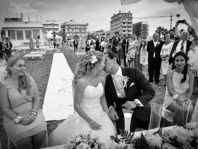 Il matrimonio di Oscar e Bori a Misano Adriatico, Rimini 33