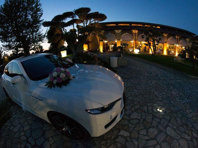 Il matrimonio di Luca e Jessica a Porto Viro, Rovigo 13
