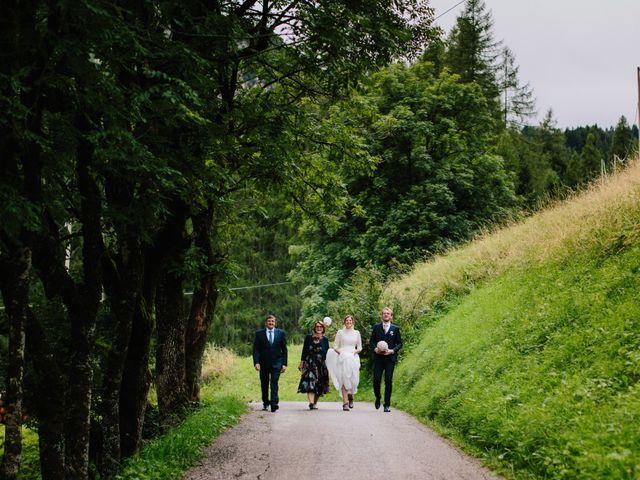 Il matrimonio di Francesco e Daniela a Livinallongo del Col di Lana, Belluno 45