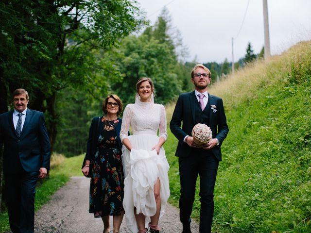 Il matrimonio di Francesco e Daniela a Livinallongo del Col di Lana, Belluno 46