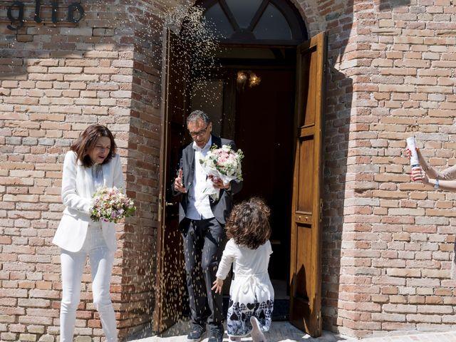Il matrimonio di Luca e Silvia a Serrapetrona, Macerata 35