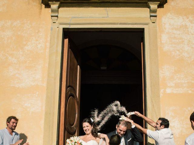 Il matrimonio di Marco e Selene a Lorenzana, Pisa 19