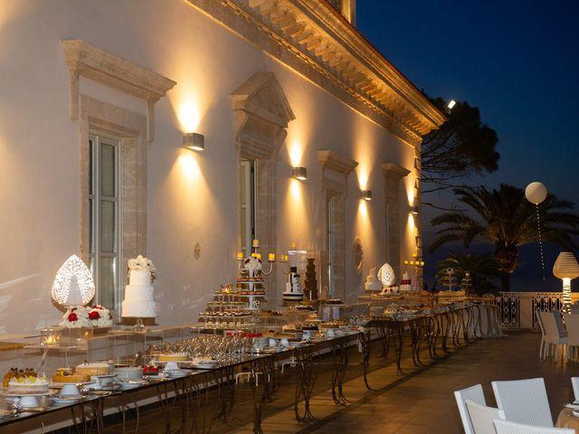 Il matrimonio di Damiano e Mara a Polignano a Mare, Bari 34