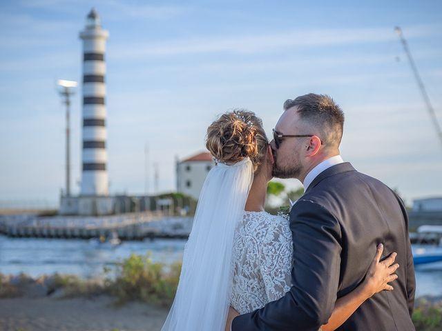 Il matrimonio di Filippo e Sara a Jesolo, Venezia 19