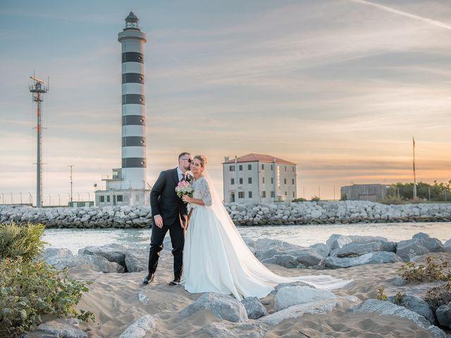Il matrimonio di Filippo e Sara a Jesolo, Venezia 23