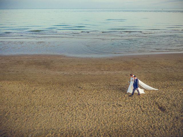 Il matrimonio di Filippo e Sara a Jesolo, Venezia 27