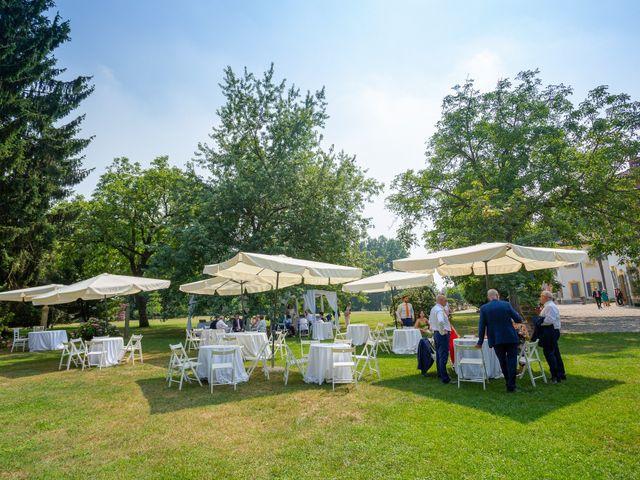 Il matrimonio di Alessandro e Erica a Robecco sul Naviglio, Milano 28