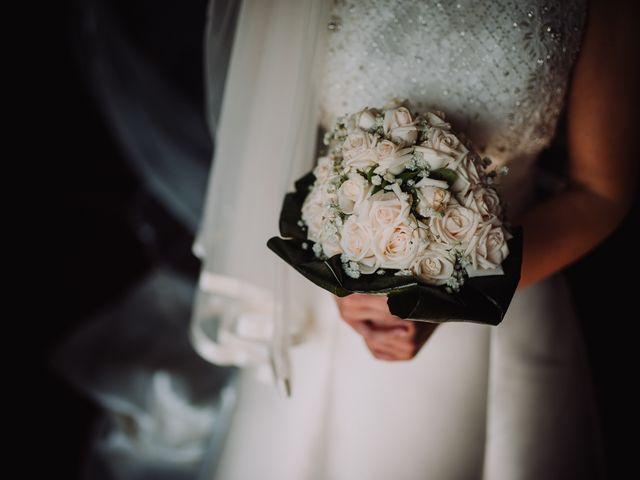 Il matrimonio di Luca e Donatella a Napoli, Napoli 19