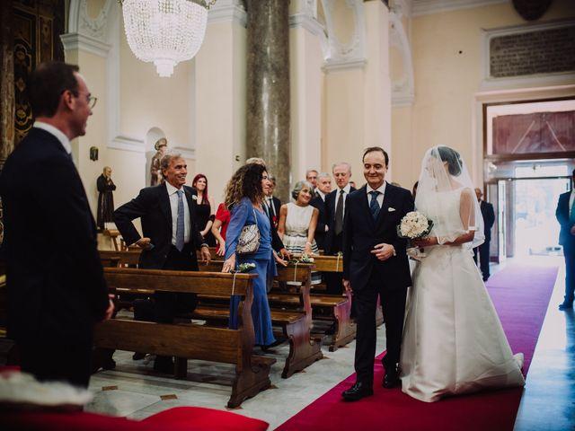Il matrimonio di Luca e Donatella a Napoli, Napoli 22
