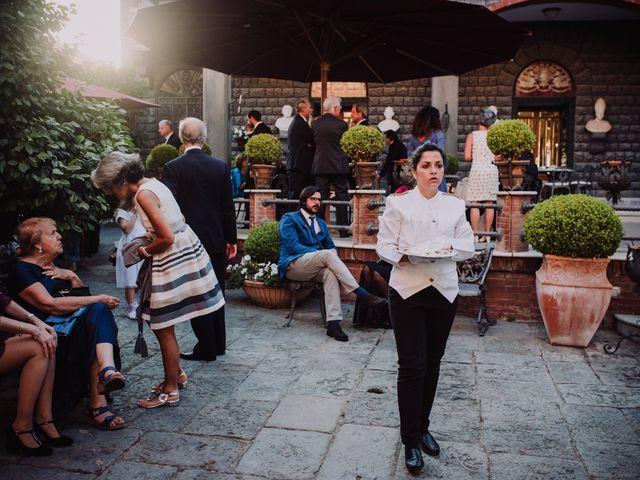 Il matrimonio di Luca e Donatella a Napoli, Napoli 37