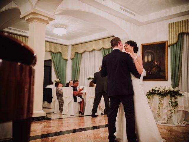 Il matrimonio di Luca e Donatella a Napoli, Napoli 52