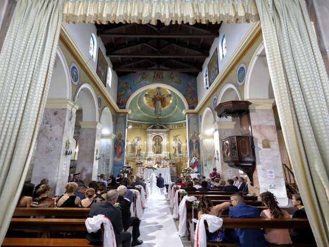 Il matrimonio di Francesco e Miriana a Cirò Marina, Crotone 12