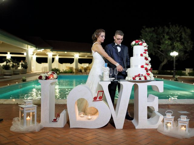 Il matrimonio di Francesco e Miriana a Cirò Marina, Crotone 25