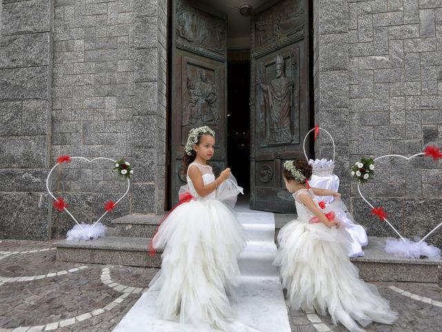Il matrimonio di Francesco e Miriana a Cirò Marina, Crotone 35