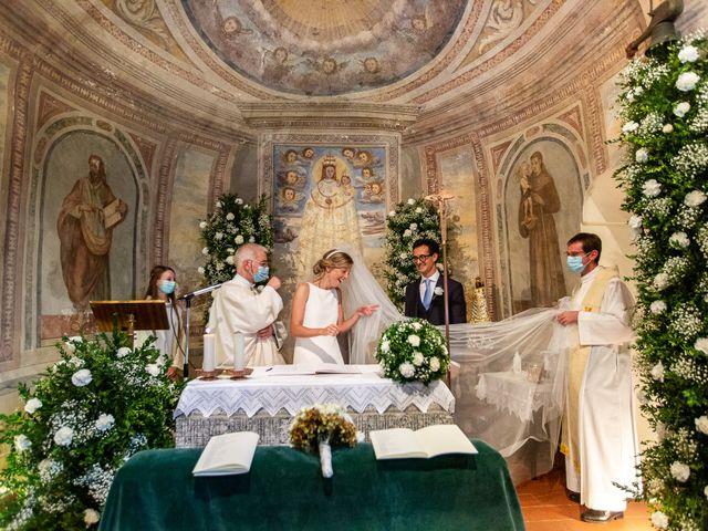 Il matrimonio di Lorenzo e Francesca a Albavilla, Como 30