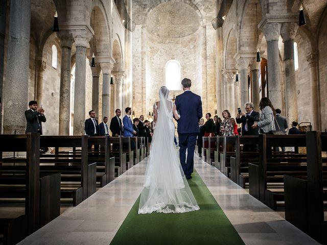 Il matrimonio di Paolo e Malwina a Trani, Bari 25