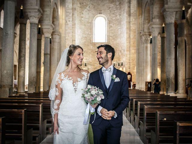 Il matrimonio di Paolo e Malwina a Trani, Bari 39