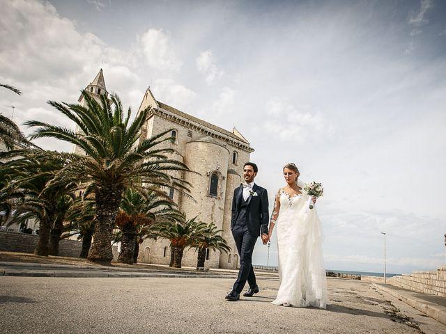 Il matrimonio di Paolo e Malwina a Trani, Bari 43