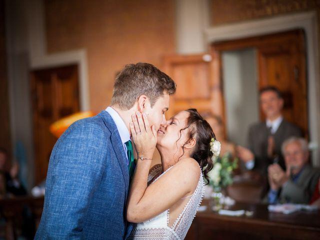Il matrimonio di Julian e Sabrina a Lajatico, Pisa 9
