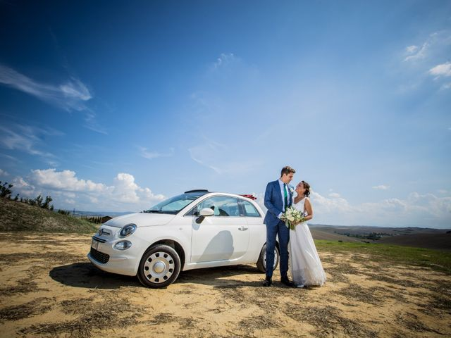 Il matrimonio di Julian e Sabrina a Lajatico, Pisa 29