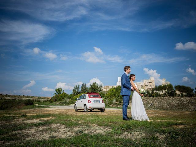 Il matrimonio di Julian e Sabrina a Lajatico, Pisa 30