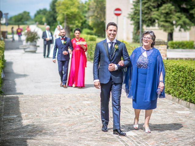 Il matrimonio di Mirko e Valentina a Corridonia, Macerata 15