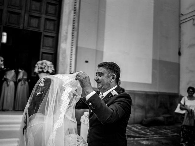 Il matrimonio di Veronica e Tammaro a Pomigliano d'Arco, Napoli 41