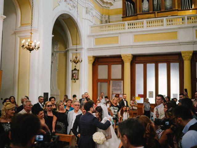 Il matrimonio di Veronica e Tammaro a Pomigliano d'Arco, Napoli 43