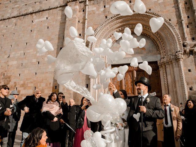 Il matrimonio di Mario e Felisia a Atri, Teramo 39