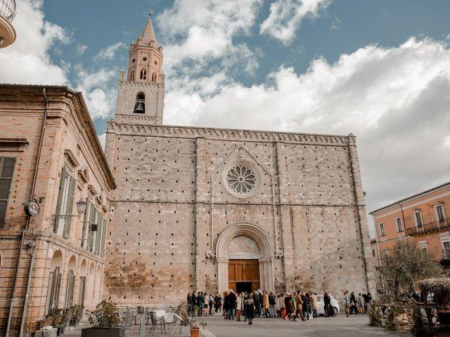 Il matrimonio di Mario e Felisia a Atri, Teramo 42
