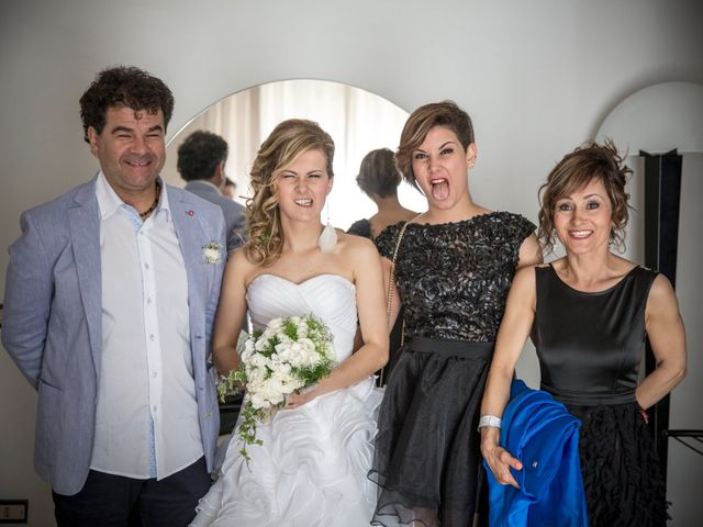 Il matrimonio di Christian e Serena a Morrovalle, Macerata 19
