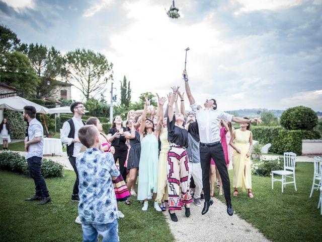 Il matrimonio di Christian e Serena a Morrovalle, Macerata 33