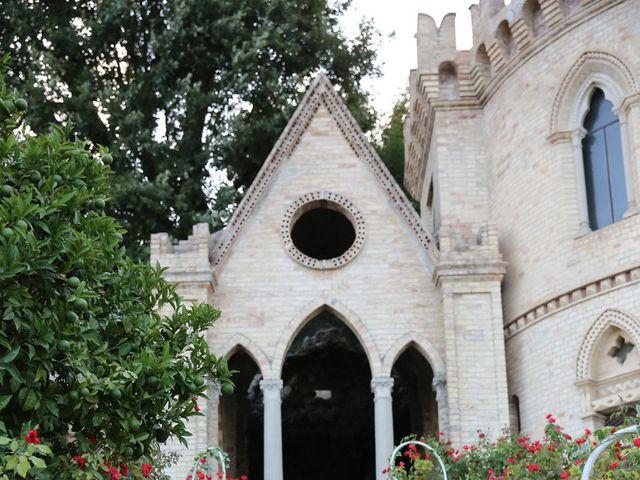 Il matrimonio di Danilo e Giulia a San Benedetto del Tronto, Ascoli Piceno 34