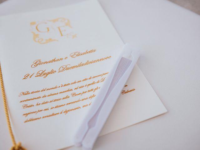 Il matrimonio di Elisabetta e Gionathan a Sorrento, Napoli 28