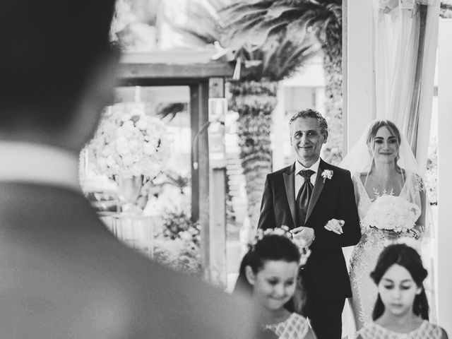 Il matrimonio di Elisabetta e Gionathan a Sorrento, Napoli 29