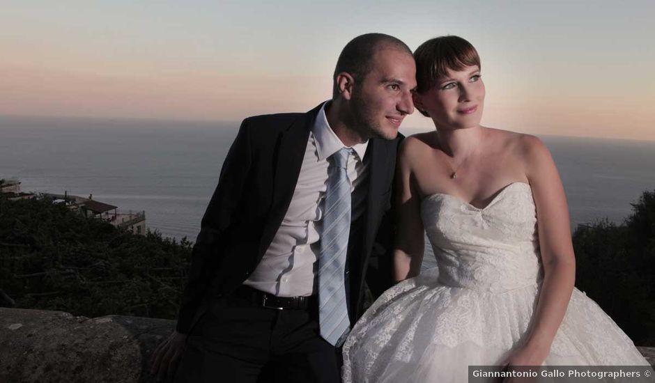 Il matrimonio di Zoe e Francesco a Furore, Salerno