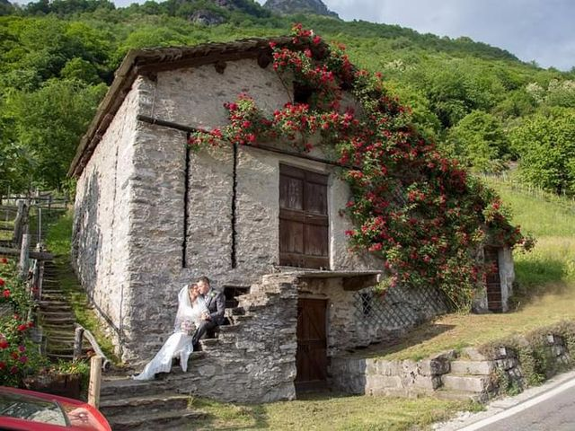 Il matrimonio di Mirko e Cinzia a Villa di Chiavenna, Sondrio 1