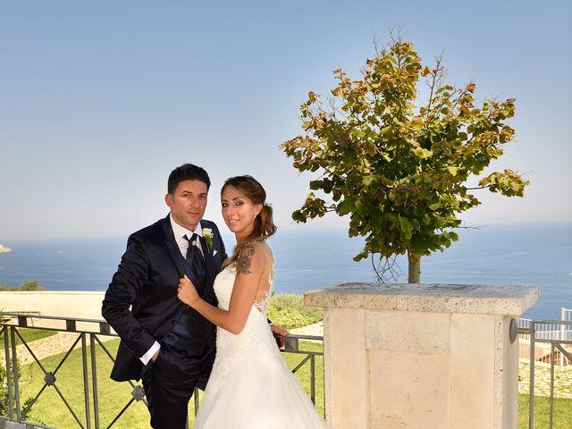 Il matrimonio di Nicola e Agnese a Castro, Lecce 27
