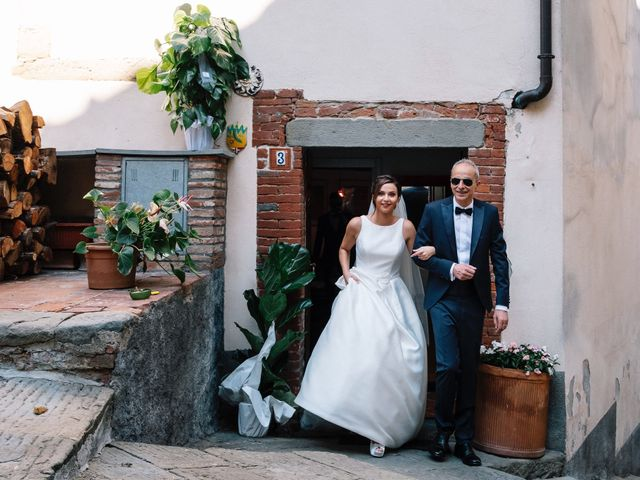 Il matrimonio di Giulio e Elena a Sinalunga, Siena 16