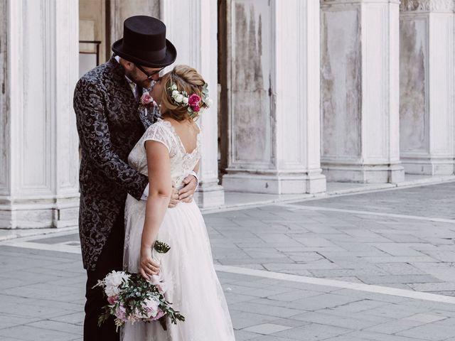 Il matrimonio di Polo e Carlotta a Venezia, Venezia 40