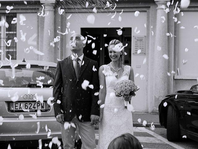 Il matrimonio di Luca e Alessia a Casorate Sempione, Varese 7