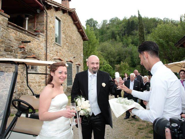Il matrimonio di Nicola e Eleonora a Poppi, Arezzo 9