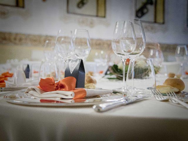 Il matrimonio di Francesco e Elena a Pozzo d'Adda, Milano 32