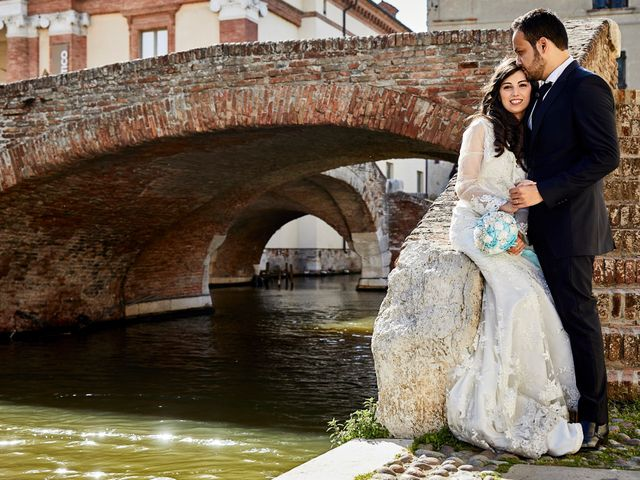 Il matrimonio di Marco e Miriam a Bologna, Bologna 1