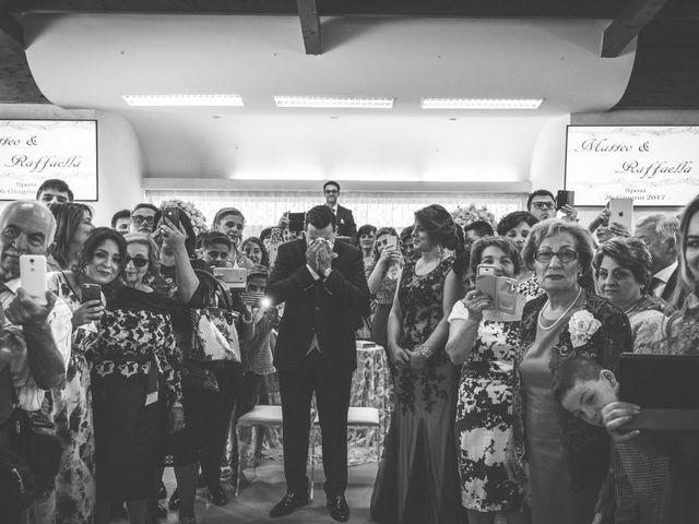 Il matrimonio di matteo e raffaella a Casandrino, Napoli 26
