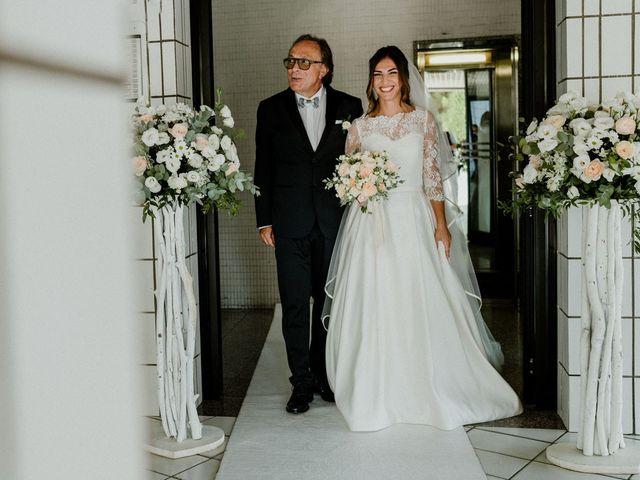 Il matrimonio di Alessandro e Mriangela a Bari, Bari 18