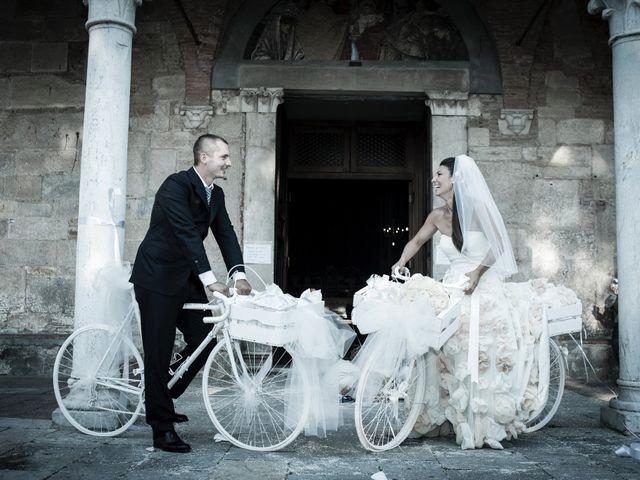 Il matrimonio di Simone e Susanna a Lucca, Lucca 5