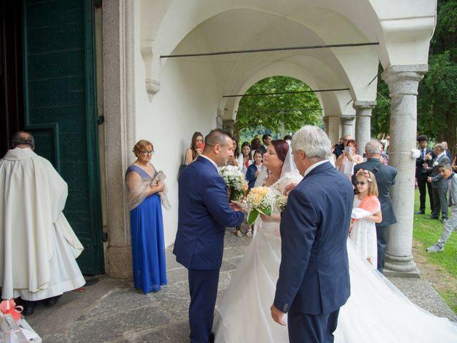 Il matrimonio di Davide e Pamela a Cannobio, Verbania 15
