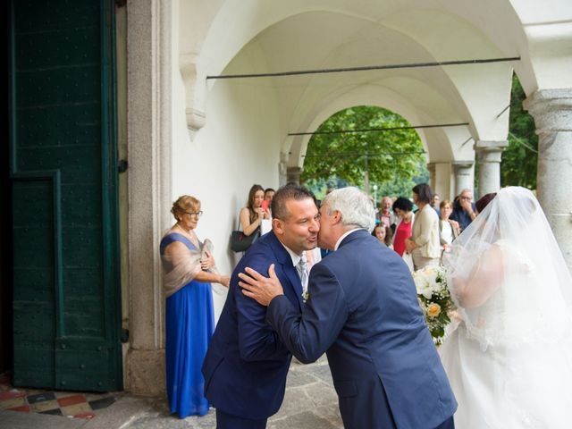 Il matrimonio di Davide e Pamela a Cannobio, Verbania 16