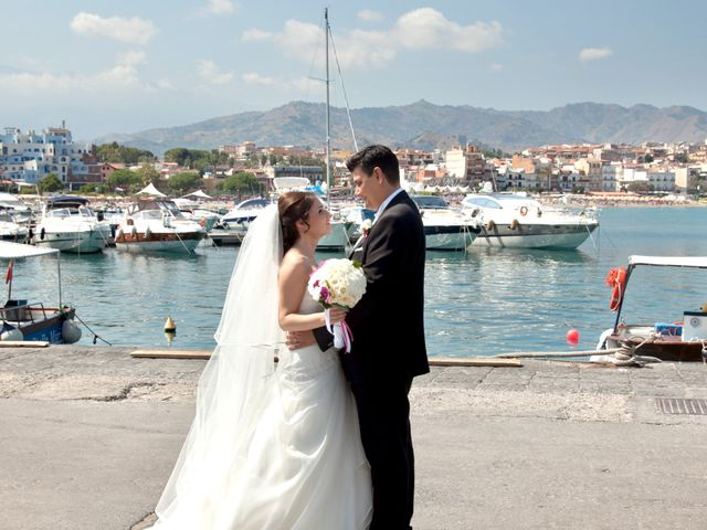Il matrimonio di Francesco e Arianna a Francavilla di Sicilia, Messina 113